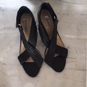 Black cross band heeled sandals
